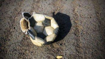 quieren prohibir la difusion de los goles de la superliga a traves de las redes