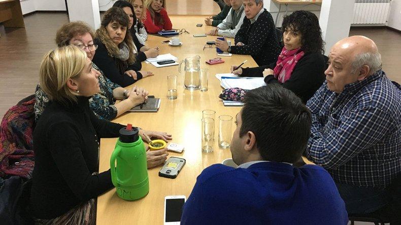 Concejales se reunieron ayer con la nueva comisión directiva del Hospital Regional.