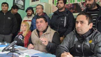 Juan Toja Carbajal presentó ayer a quienes lo acompañarán como candidatos en la lista de la Agrupación Petroleros en Lucha.