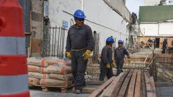 La demanda del empleo privado ya lleva 20 meses en caída en Chubut.