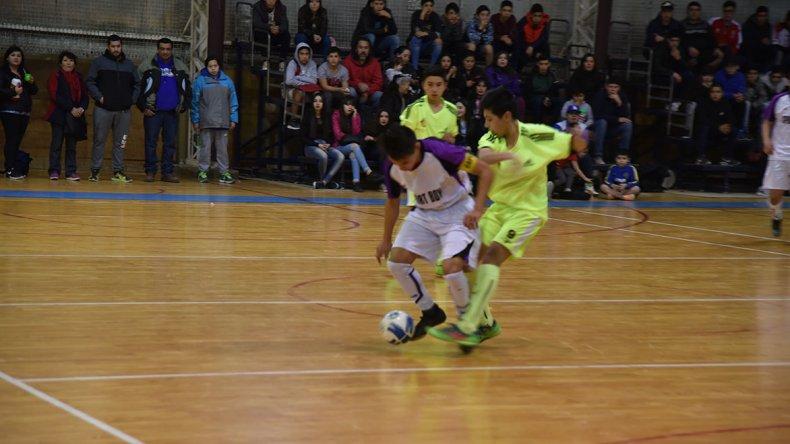 Esta tarde quedará definido el último campeón del torneo Apertura de la Asociación Promocional de futsal.
