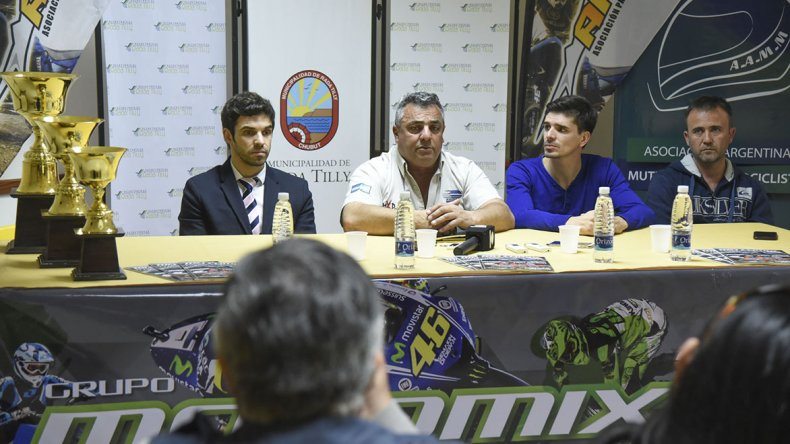 El lanzamiento de la Copa Master se realizó ayer en Rada Tilly con pilotos y dirigentes.
