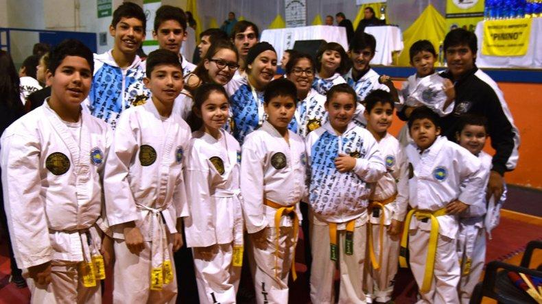 En Caleta Olivia se desarrolló la Copa Día del Niño de taekwondo