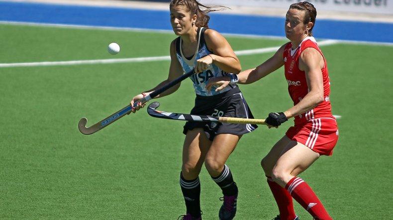 La madrynense Julia Gomes Fantasia viene de marcar un gol en Las Leonas.