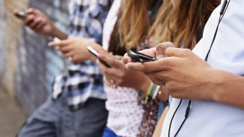 Anonimato y lenguaje propio caracterizan a las redes sociales alternativas.