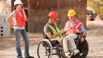 El 69% de los que discapacitados que trabajan tiene una incapacidad motora, releva el estudio.