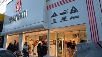 Quonam abrió su nueva sucursal en San Martín 635.