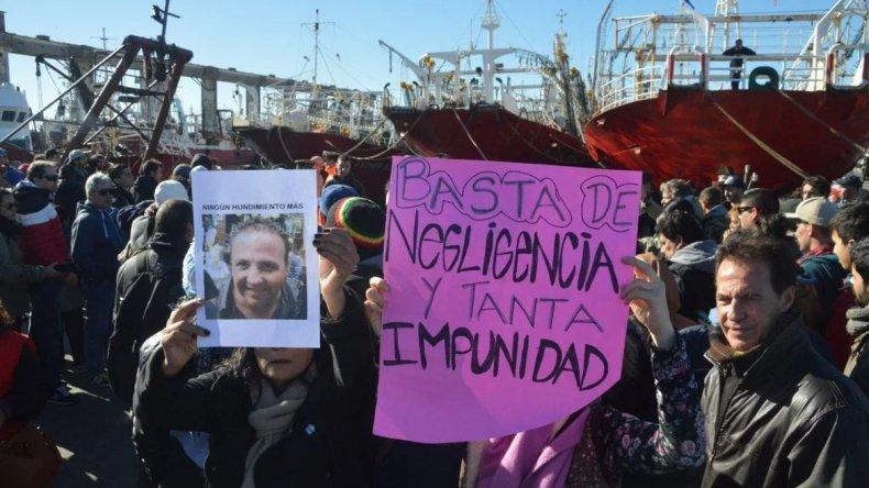 Detuvieron la búsqueda de los desaparecidos de El Repunte y habrá marchas