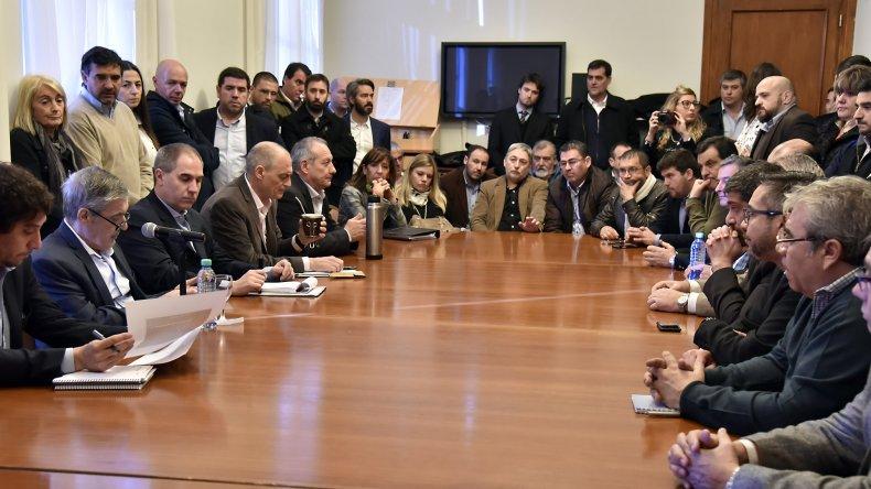 Das Neves reunió a su gabinete y solicitó redoblar los esfuerzos