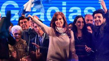 El resultado del escrutinio definitivo dilucidará si Cristina Fernández de Kircher cosechó más votos que el exministro de Cambiemos, Esteban Bullrich.