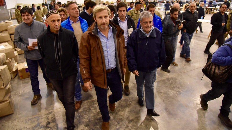 Frigerio llega a Comodoro para firmar obras de reconstrucción