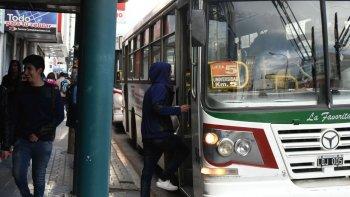 patagonia argentina  ahora quiere aumentar  el boleto en un 60%