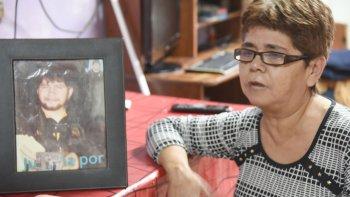 La madre de Sergio Faúndez, Mabel Jaramillo, pide justicia para que su hijo descanse en paz.