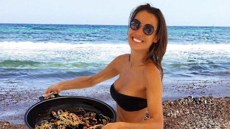 El álbum hot de las minivacaciones de Pampita en Ibiza