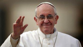 el papa preocupado por comodoro tras el temporal