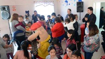 vecinales agradecen la colaboracion para los festejos del dia del nino