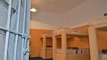 Las autoridades penitenciarias evalúan restringir los beneficios que, a partir de su buen comportamiento, habían otorgado a las internas.