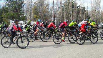 Con un recorrido de 60K, Sarmiento vivió la Vuelta Doble Bosque Petrificado