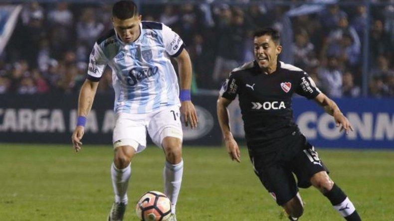 Atlético dio el primer paso ante Independiente en Tucumán