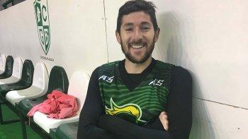 El uruguayo Gustavo Barrera se apresta a jugar por primera vez en la Liga Nacional de Básquetbol.