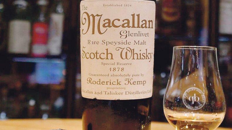 Lo insólito: Chino pagó 10 mil dólares por un whisky Macallán del año 1878