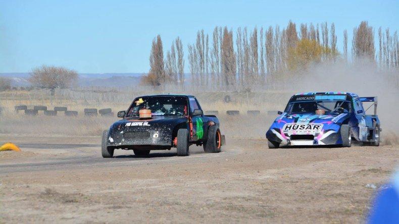 César Polito y Hernán Bochatey fueron protagonistas de principio a fin en las Camionetas 4x2 Libre.