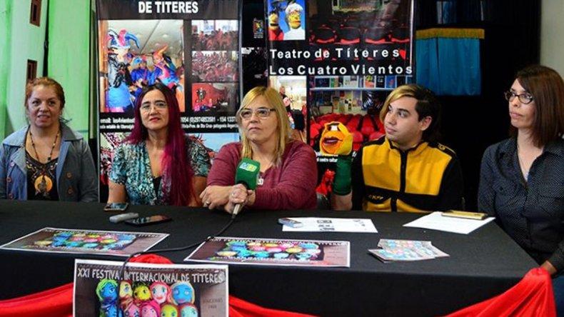 Los organizadores del Festival Internacional de Títeres invitaron a toda la comunidad a participar del evento que comenzará esta tarde en el Centro Cultural.