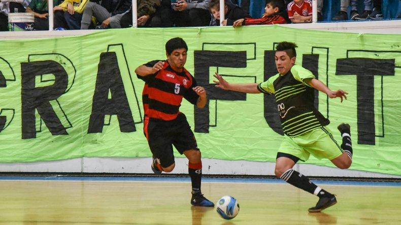 UOCRA se quedó con la segunda final ante Flamengo y mañana se jugará el tercera y decisiva final.