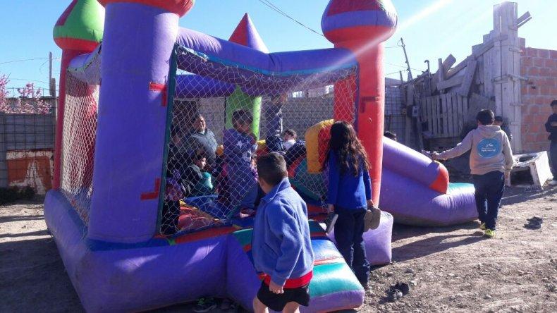 Chicos del San Cayetano festejaron el Día del Niño