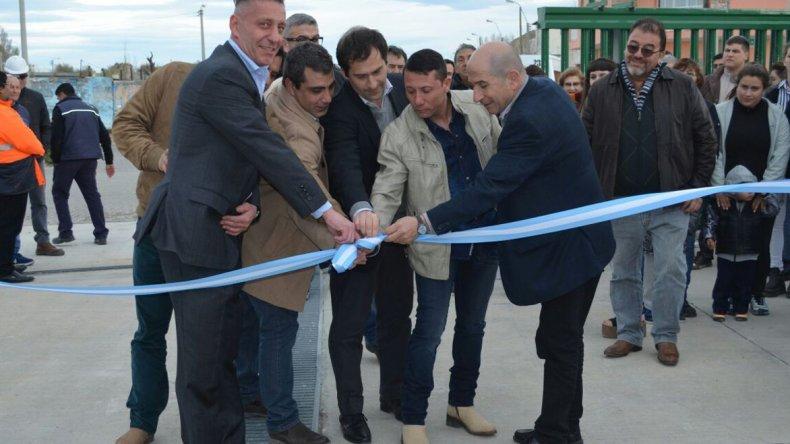 Petroleros Jerárquicos entregó ayer las primeras 40 llaves de su plan de 128 viviendas.