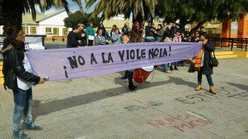 piden al gobierno acciones en defensa de los docentes victimas de violencia