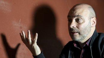 Horacio Convertini acaba de publicar Los que duermen en el polvo, bajo el sello de Alfaguara.