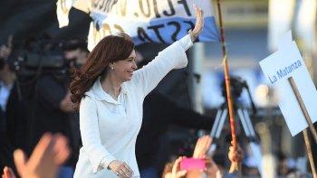 En Florencio Varela, Cristina Kirchner relanzó la campaña y brindó un explícito apoyo a Jorge Taiana, segundo candidato a senador por Unidad Ciudadana.
