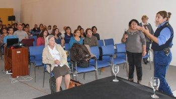 Martha Pelloni participó de la Jornada de Sensibilización sobre problemáticas sociales e integró a Comodoro Rivadavia en la Red Infancia Robada.