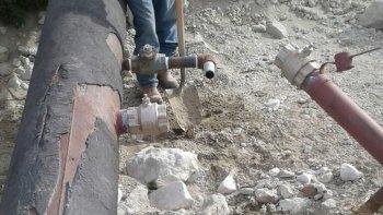 Las tomas clandestinas de agua potable en los ductos de Kilómetro 17.