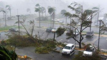 otro golpe de la naturaleza: el huracan maria toco tierra