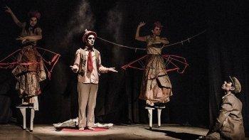 El Circuito Nacional de Teatro comenzará esta noche y ofrecerá cuatro obras de compañías de Argentina, Chile, Uruguay y Francia.