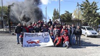 Los trabajadores de Nuevo Cerro Dragón realizaron ayer una retención de servicios que afectó a la empresa y a YPF.