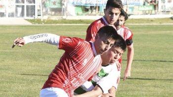 Nicolás Toledo, defensor de Huracán que sufrió una lesión.