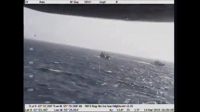 Prefectura compartió un vídeo del operativo de hundimiento del buque chino